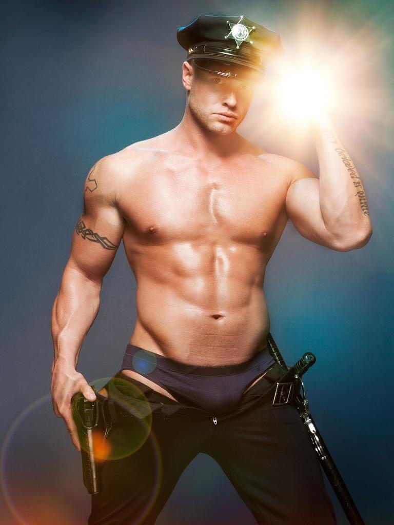 """MI POST: """"Policias ardientes"""" Hombres gay"""