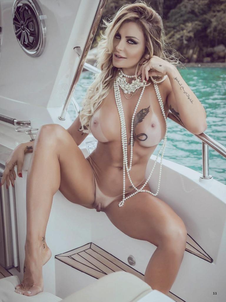 Desnudos de famosos artistas en sus videos  krazyinfocom