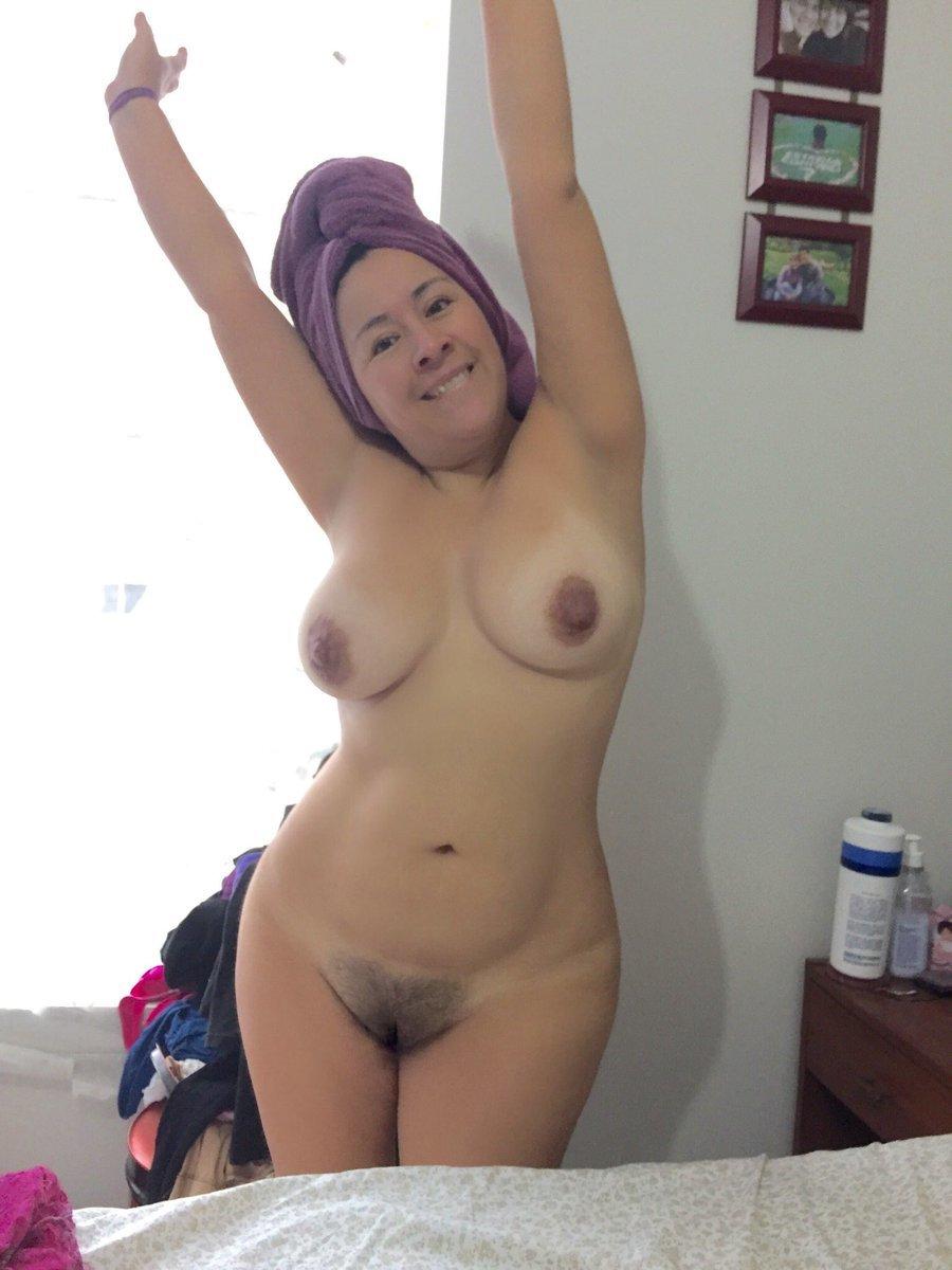 Una mamadita y a follar 10