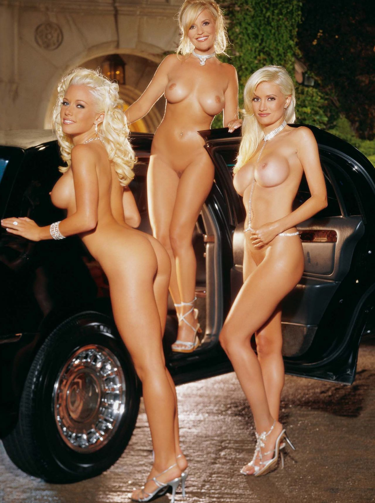 holly madison naked pussy photos