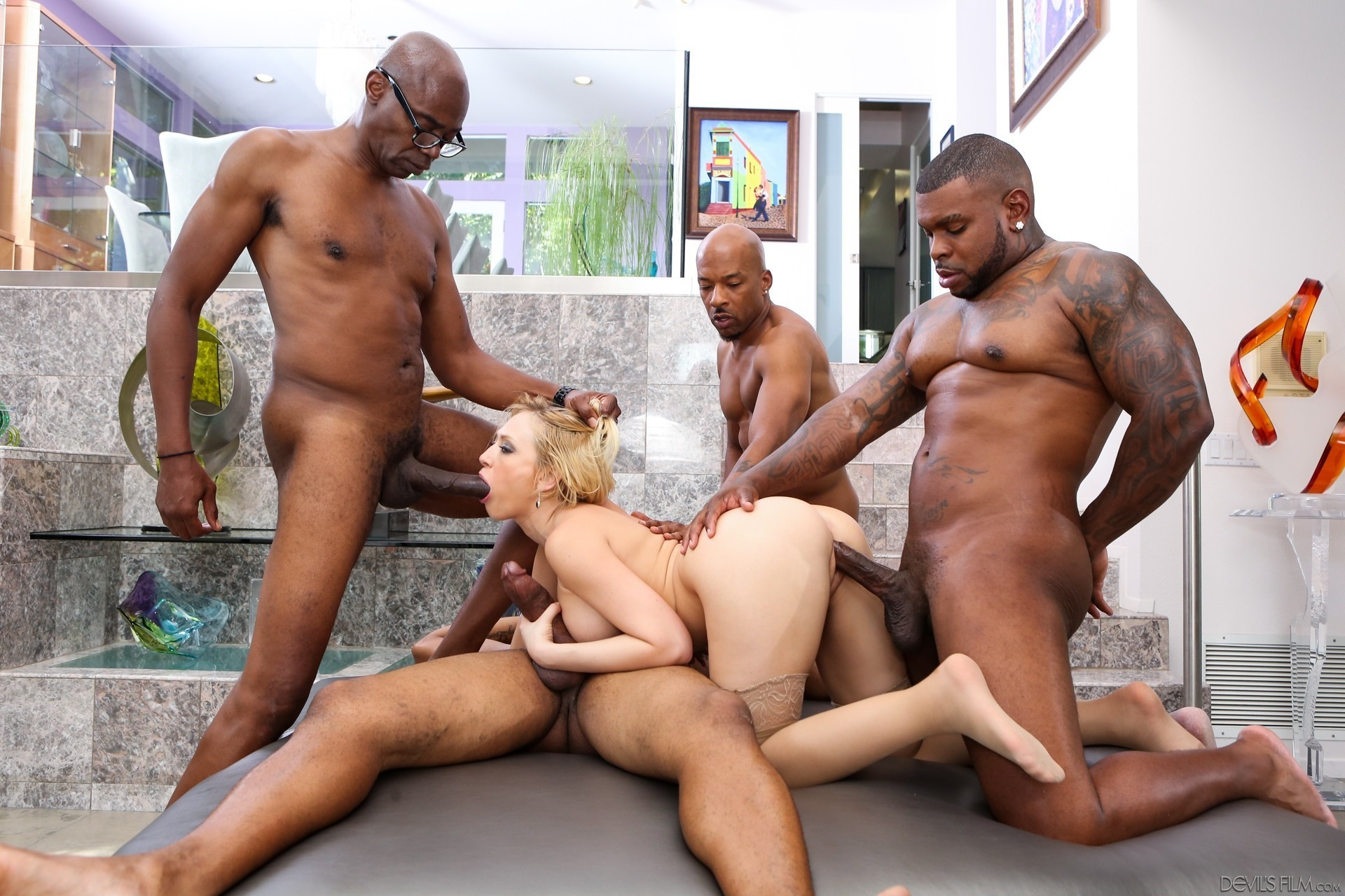 xxx-interracial-gang-bang